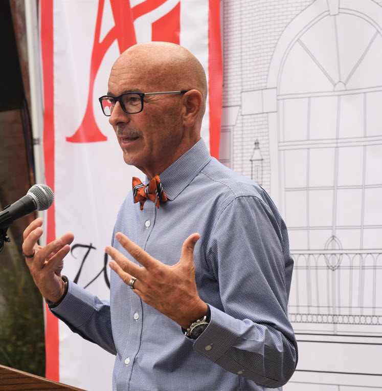 Claude Brown, Chancellor of the Art Institutes (Terry Hagerty Photos)